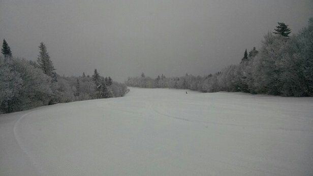 Mount Snow - Morning pow! NICE! - ©rem
