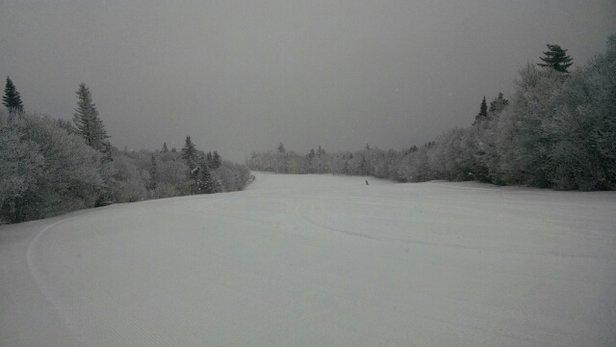 Mount Snow - Morning pow! NICE! - ©rem