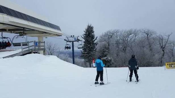 Wachusett Mountain Ski Area - best conditions of the year  - ©luisbaez3369