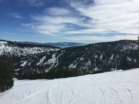 Squaw Valley - Alpine Meadows - Excellent couple of days at my second favorite CA ski area. Only complaint would be inaccurate grooming report and closed lifts. 4/5 stars.   - ©Owner's iPhone (2)