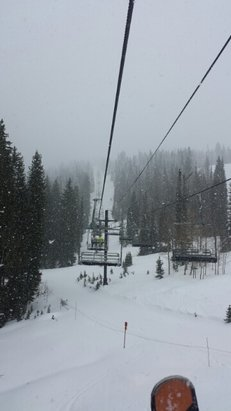 Solitude Mountain Resort - finally some needed snow at the mountains.  some sticky fresh snow in the morning. got in several runs in the morning before all chewed up into mashed potatoes. still snow/ hail mix - ©fallingdownmountains.com