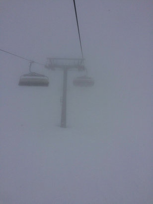 Mayrhofen - Not the best visibility yesterday on Rastkogel ❄️Good side of it was it never stopped snowing  - ©Dave's iPhone
