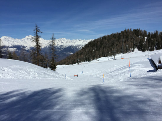 Pila - Another fabulous day's skiing.  - ©Terry's iPhone