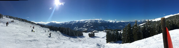 Zell am Ziller - Zillertal Arena - A beautiful day on the slopes here at Zell Am Ziller today. At last the ☀️has come out  - ©Dave's iPhone
