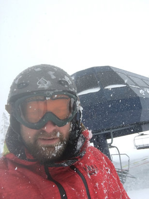 Sugar Bowl Resort - Snowing all day. Little wet mid day. Upper mountain is better.     - ©Womp