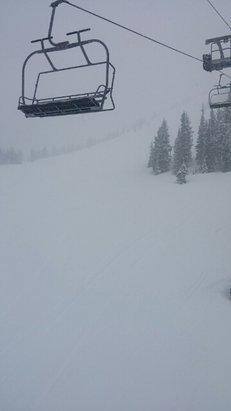Hoodoo Ski Area - funfunfun - ©seventysevenralph