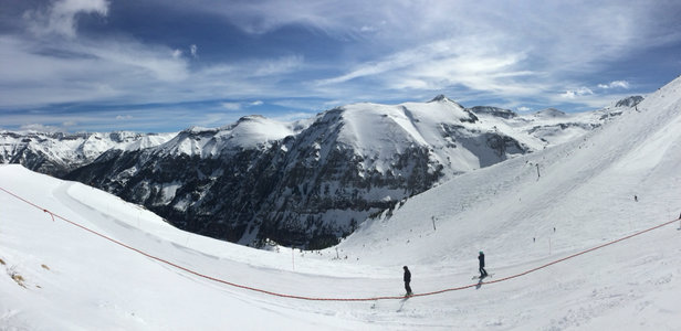 Telluride - Gorgeous bluebird day.  Great groomed snow til 1, then a little skied off on the lower sections.  Still very good conditions. - ©Marlene's iPhone