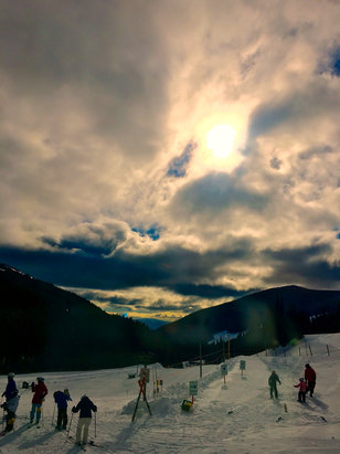 Apex Mountain - Firsthand Ski Report - ©Dawn's iPhone