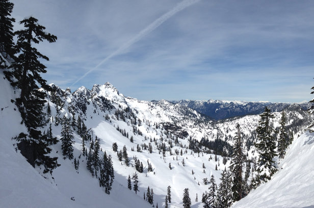 Alpental - Super nice snow left from the beginning of the week. Fantastic day! Get it while it's good! - ©iPhone