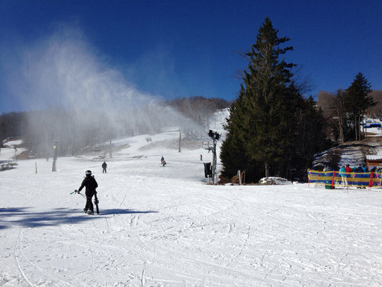 Mount Snow - Firsthand Ski Report - ©iPhone