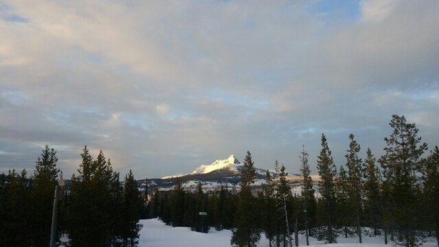 Hoodoo Ski Area - Firsthand Ski Report - ©seventysevenralphcheese