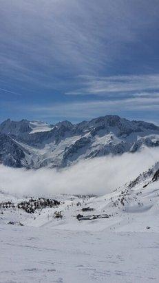 Pontedilegno Tonale - Adamello Ski - Firsthand Ski Report - ©munroist2926