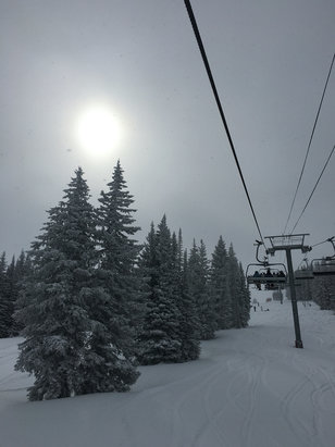 Vail - Firsthand Ski Report - ©Lena's iPhone
