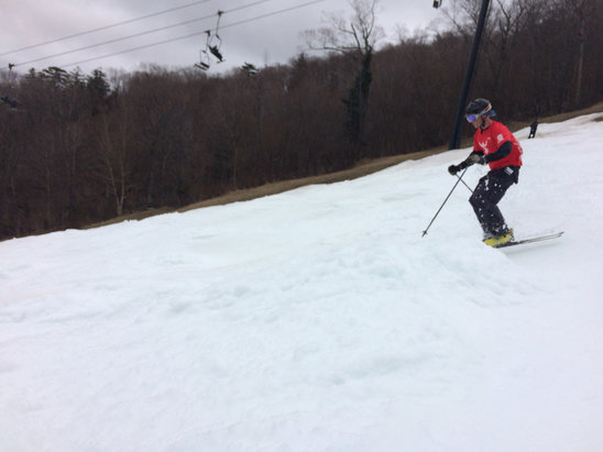 Killington Resort - skylark is history. superstar 2 pass groom gone by 10.  bottom bumps a bit much.  middle of ss pretty sweet.  if they can push some snow around next weekend should be good. don't count on more after that. - ©gbw