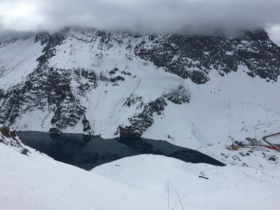 Ski Portillo - Top of roca Jack is bulletproof. Sunny most the morning and then the clouds rolled in thick. Pray for snow. - ©Jeff's iPhone