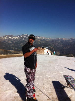 Mammoth Mountain Ski Area - Goon squad closed it down - ©local Kushman