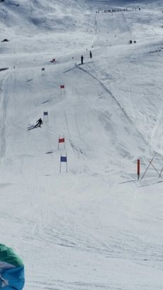 Rainbow Ski Area - Harcourts Colleges race day - ©kerrusstratford
