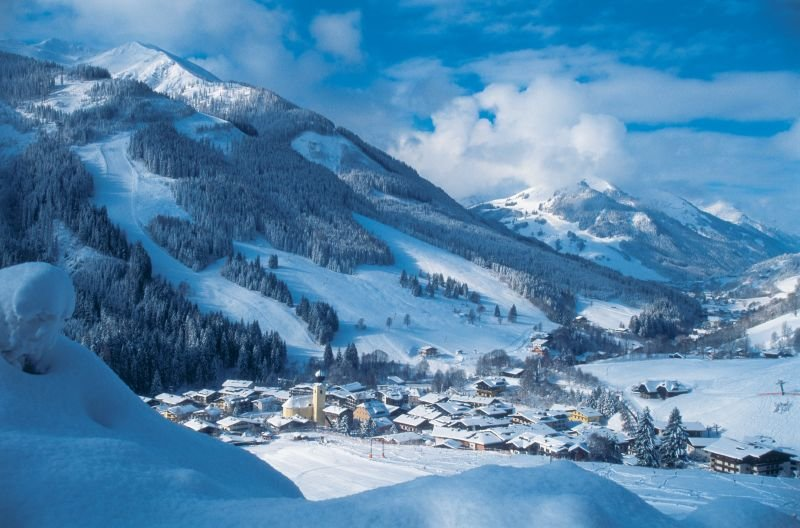 The village of Saalbach, AUT