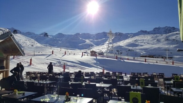 Val Thorens - Val tThorens lunch time Thursday 1 December. - ©tlangmead92