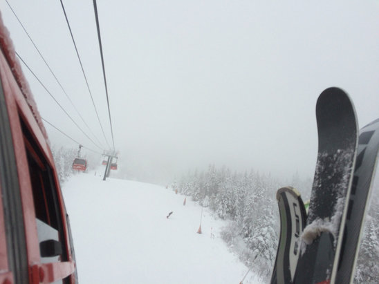 Stowe Mountain Resort - Super fun, tons of snow, winter is here (for now) - ©BH's iPhone