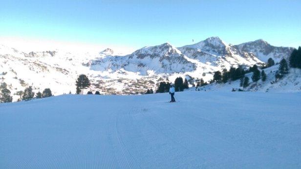 Obertauern - Beautiful weather. Pistes good. No fresh powder at the moment - ©Lloydie
