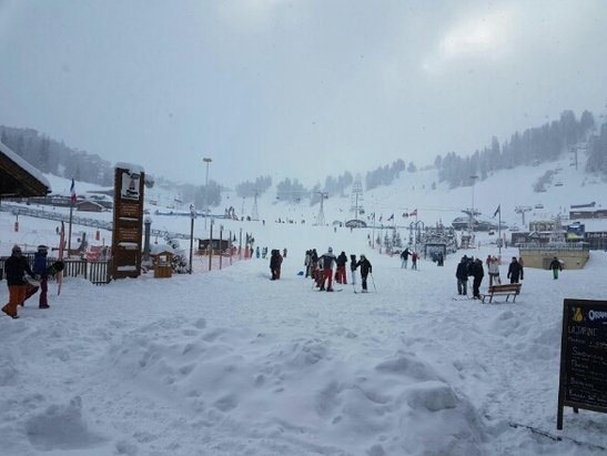 La Plagne - picture of Bellecote... conditions are difficult. low visibility and lots of lifts closed. - ©sarah