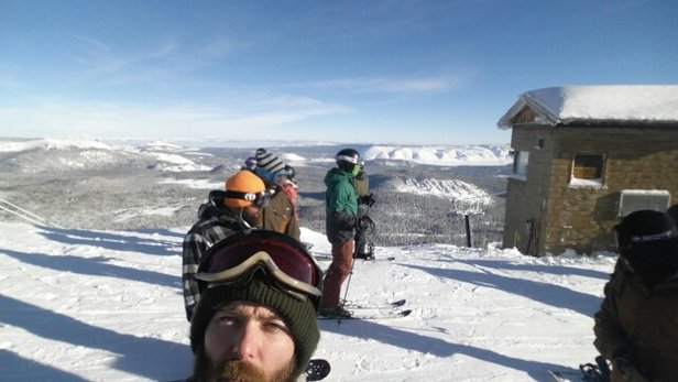 Mammoth Mountain Ski Area - Martin Luther King weekend.... When ALL THE Beginners come out! Way Over crowded, even for Mammoth!!!! - ©dave15matthews84