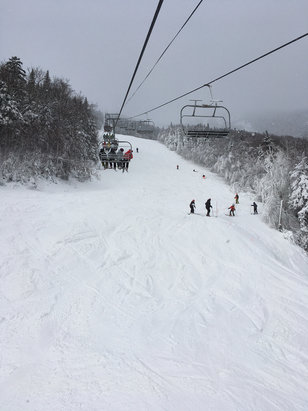 Whiteface Mountain Resort - Powder.   Crowded.    - ©stefan's iPhone