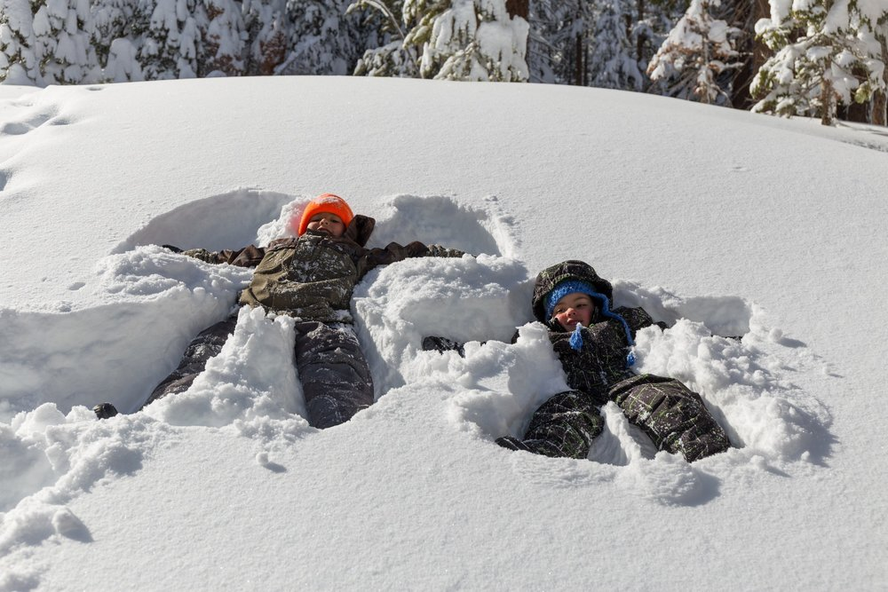 Snow angles are the perfect in-snow alternative to alpine skiing when your kids are SO over it. - ©Mammoth Lakes Tourism