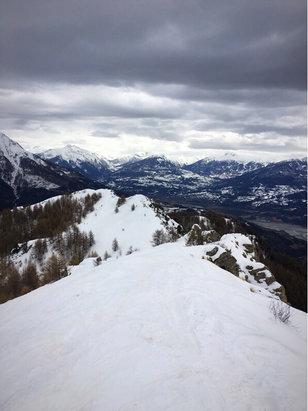Réallon - Mauvaise neige pour cette fin de semaine, attendre la fin de semaine prochaine pour bien profiter  - ©Chill Bøy