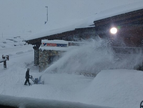 Tignes - White out!  - ©keithagrant27
