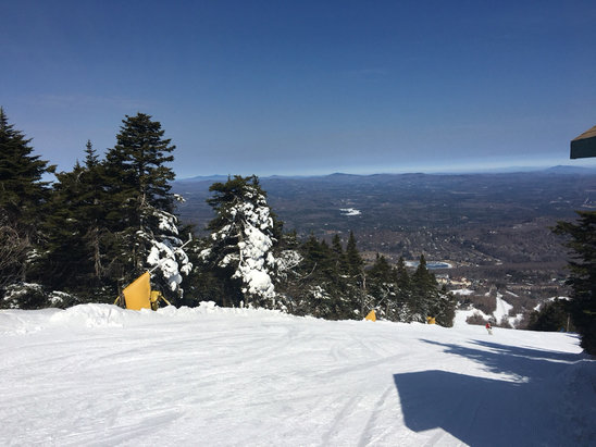Stratton Mountain - Glorious day at Stratton. Good snow condition almost everywhere; impressive grooming. - ©Dino's iPad