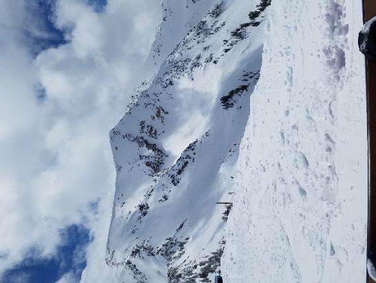 Snowbird - Incredible powder day in late April! - ©Alex Y