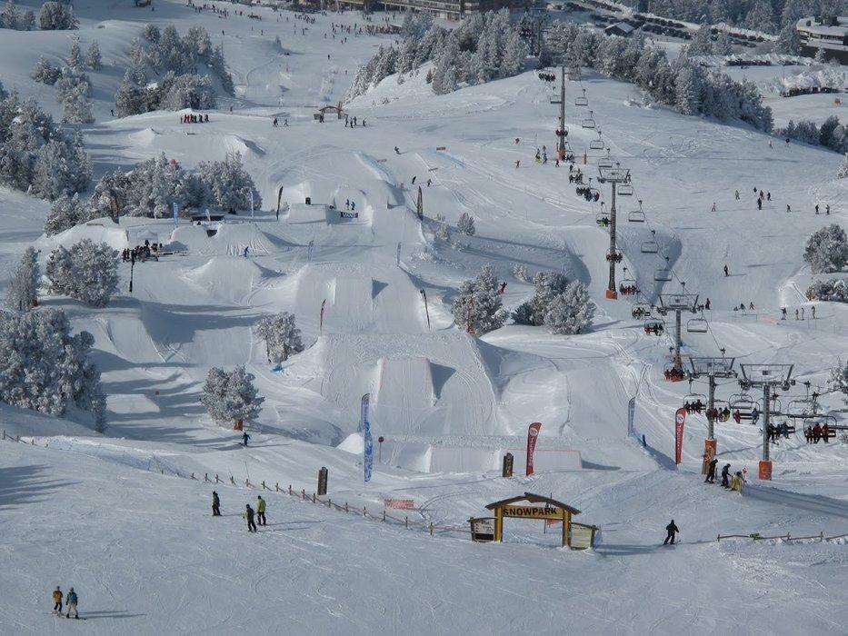 Chamrousse Sunset Park, le snowpark de Chamrousse - ©Wide Ride
