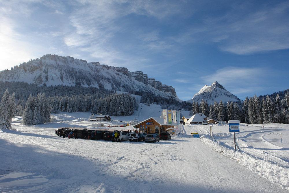 Kinder und Jugendliche können im Skigebiet Eriz viel Spaß haben. - ©Skilift AG Innereriz
