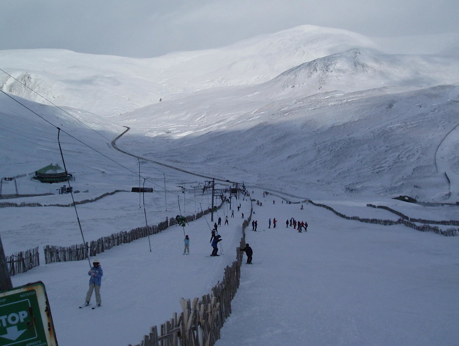 The lower slopes and drag lift at Glenshee, Scotland. Copyright: Cairnwell Mountain Sports