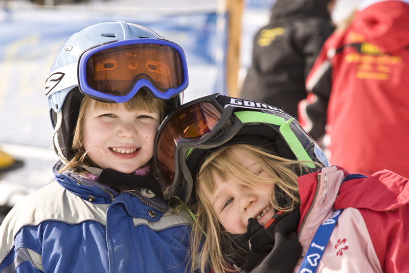 Fernie Alpine Resort: kids having fun. Photo: Henri Georgi