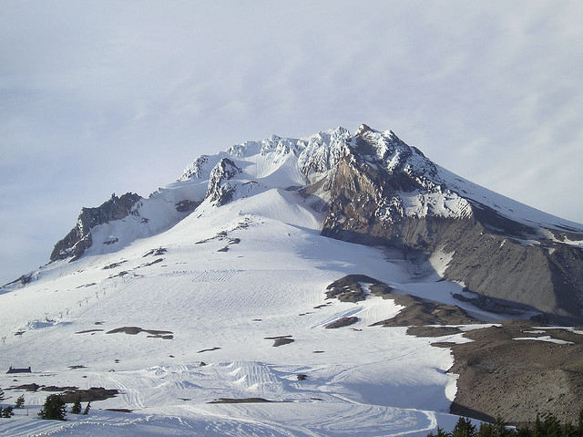 Timberline Lodge offers summer and fall skiing on Palmer Snowfield.Photo by Michelle/Flickr. - ©Michelle/Flickr