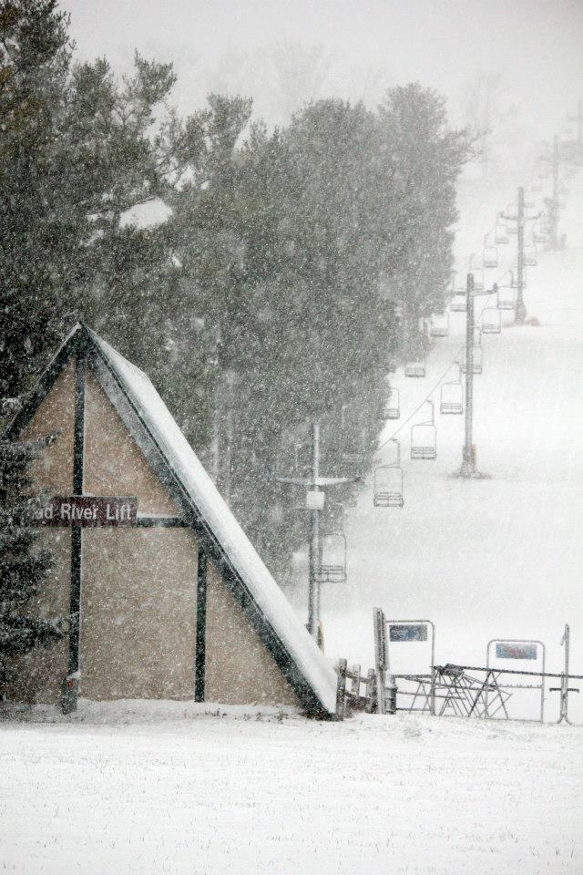 Snow on the slopes at Mad River Mountain in Ohio. Photo Courtesy of Mad River Mountain/Facebook