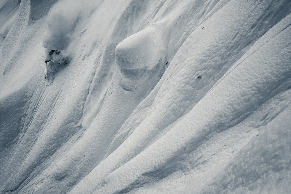 Daryl Treadway carves down a sub-alpine spine feature at Monashee Powder Snowcats. Mark Stanley, our ACMG certified guide, never wears goggles unless it snows over 50cm.  On this particular day he reluctantly adorned his goggles.
