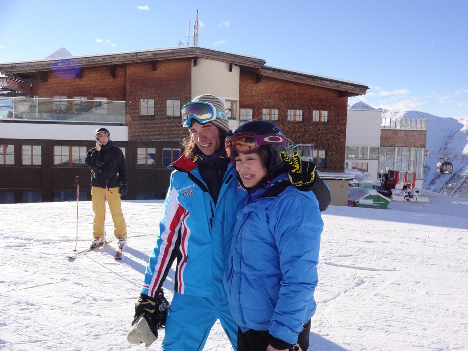 Setting out with the instructor, Ischgl. - ©Clare Meaney