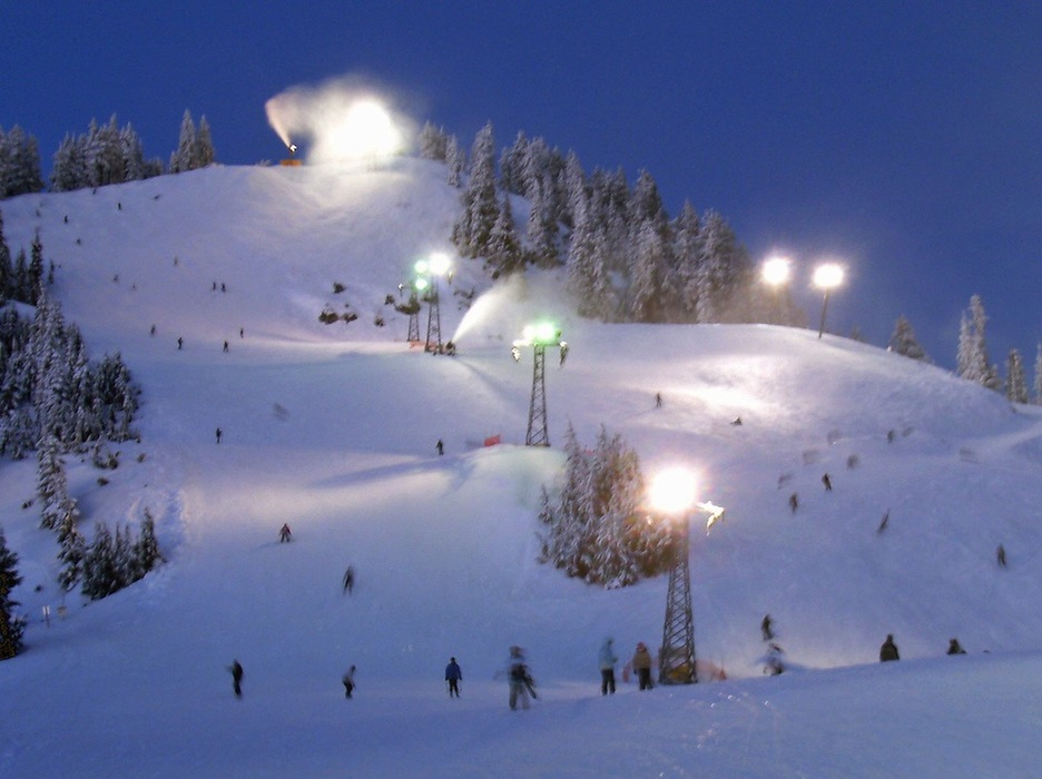 Night skiing at Grouse Mountain. Photo by Payton Chung/Flickr.