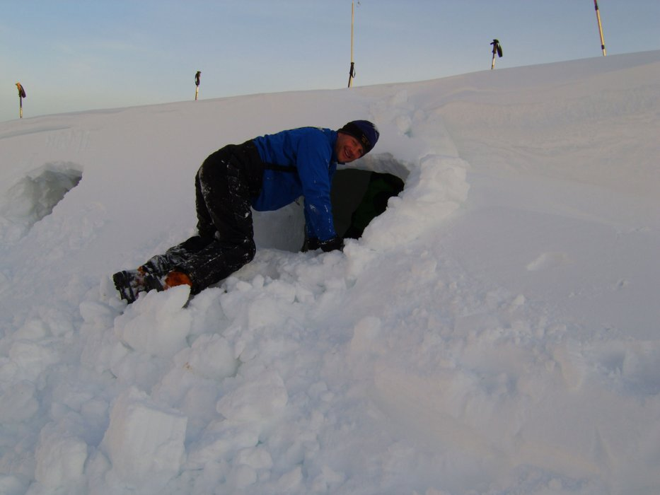 Preparing our bed for the night - Snow holes in Cairngorm
