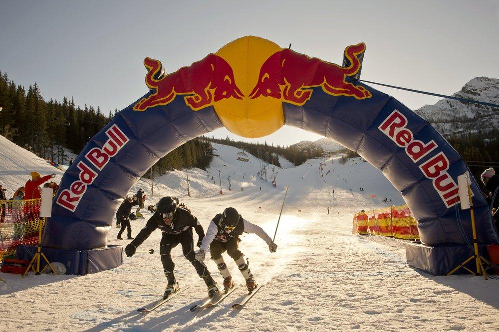 Red Bull Home Run Hemsedal 2013 - Samtidig i mål: Ola Furseth og  Emil Kristiansen  - ©Red Bull