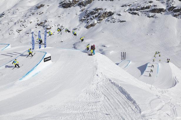 Thrilling big-air contest held on Corwatsch, Engadin St. Moritz.  - ©Engadinsnow