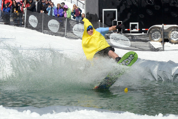Pond Skimming Season Returns to the Mid-Atlantic - ©Seven Springs