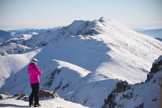 Snehové správy: Víkend prinesie ďalší sneh do Álp - ©TMR
