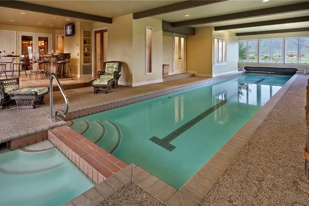 Spoiled in steamboat next level luxury lodging onthesnow for Private indoor swimming pools