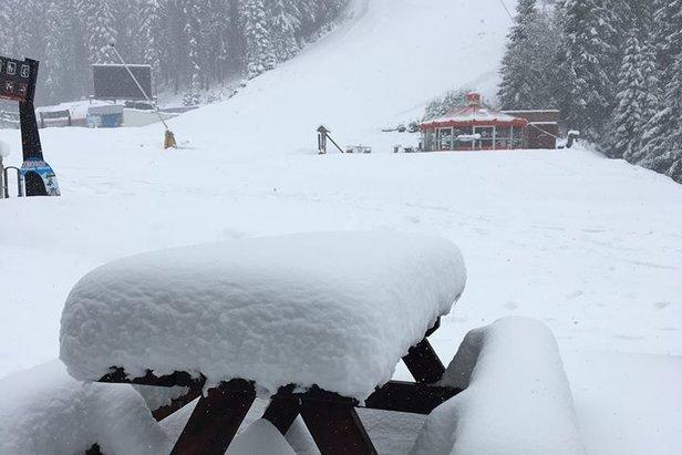 V Jasnej sa vďaka novému snehu lyžuje každý deň - ©TMR, a.s.  facebook Jasná Nízke Tatry
