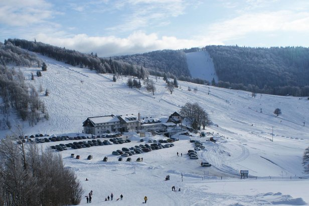 Can't wait until winter? Find out which ski resorts are open now